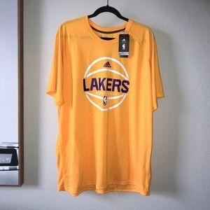 NWT Men's Lakers adidas 2xl T-shirt yellow